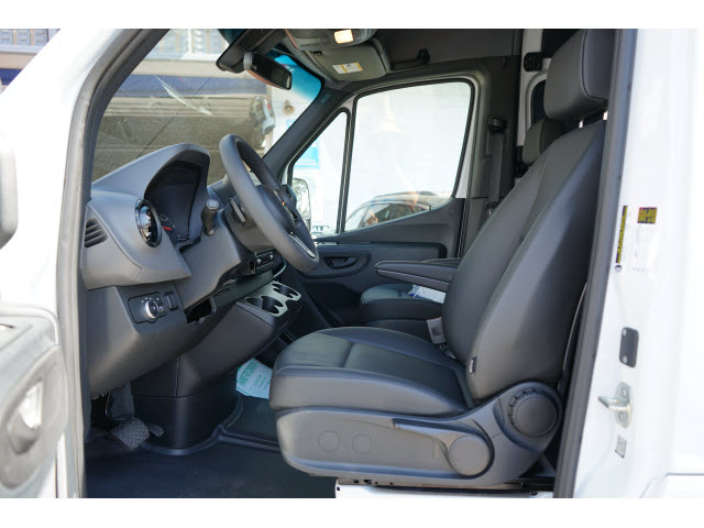 Pre-Owned 2019 Mercedes-Benz Sprinter Crew 2500